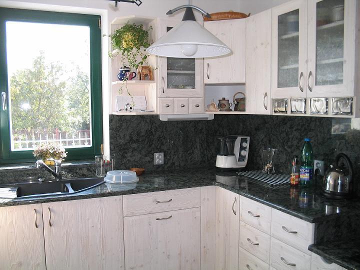 moderni kuchyne kuchynske linka Suhajek (105)