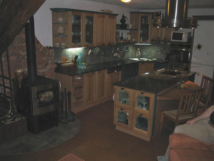 moderni kuchyne kuchynske linka Suhajek (116)
