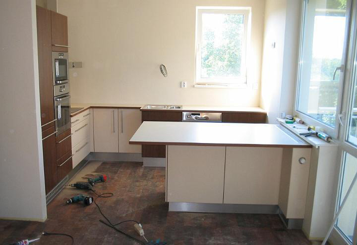 moderni kuchyne kuchynske linka Suhajek (120)