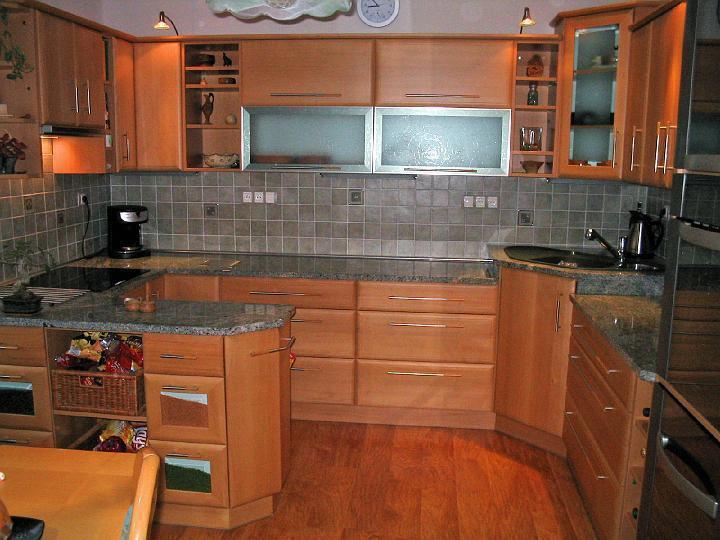 moderni kuchyne kuchynske linka Suhajek (128)