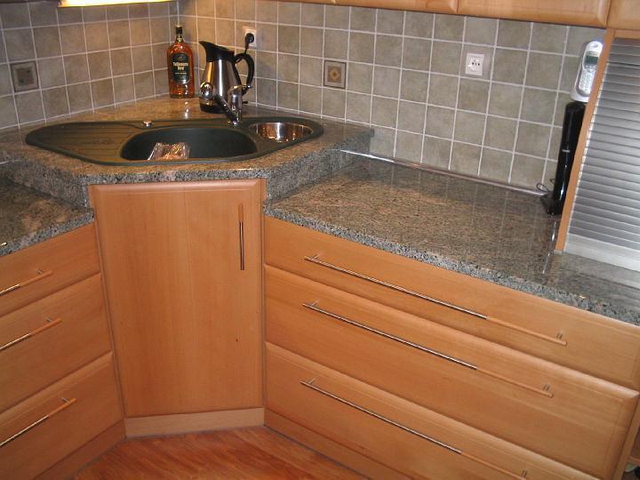 moderni kuchyne kuchynske linka Suhajek (132)
