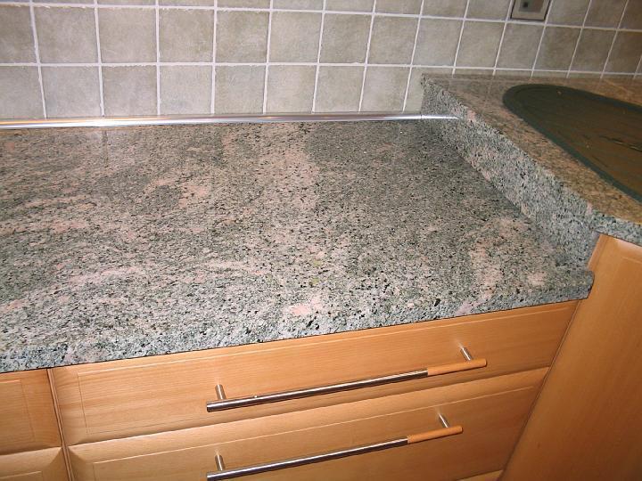 moderni kuchyne kuchynske linka Suhajek (133)