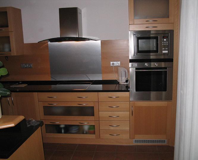 moderni kuchyne kuchynske linka Suhajek (136)