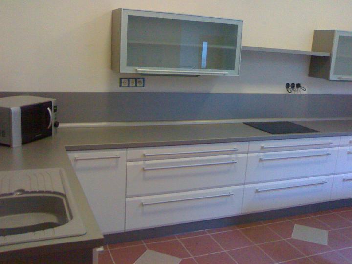 moderni kuchyne kuchynske linka Suhajek (145)