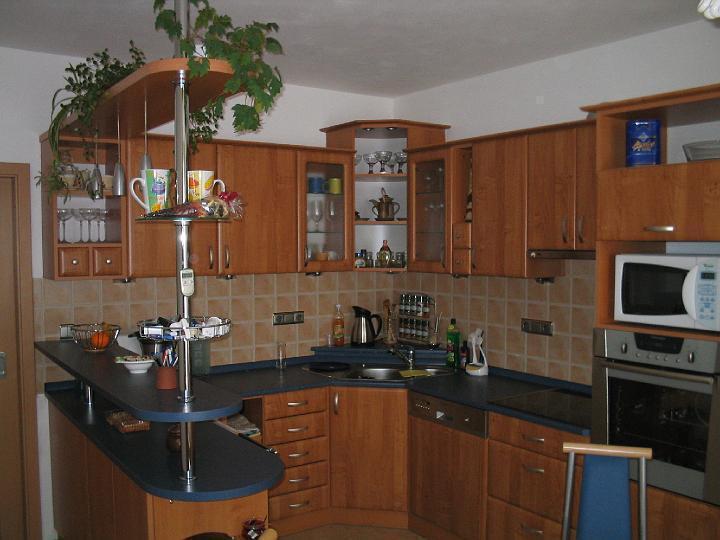 moderni kuchyne kuchynske linka Suhajek (148)