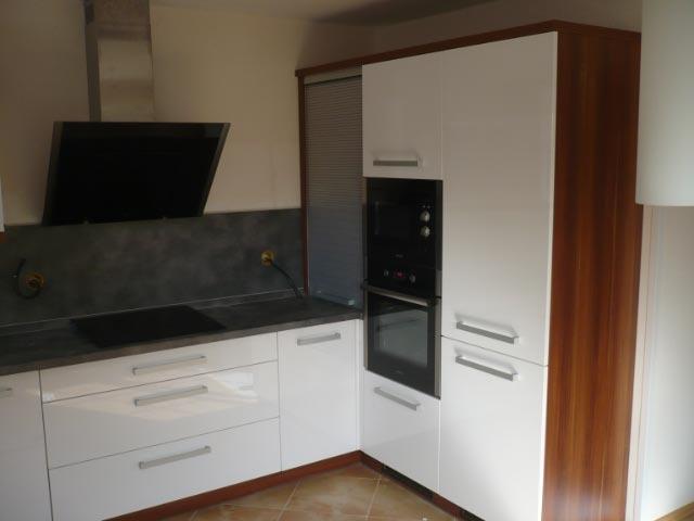 moderni kuchyne kuchynske linka Suhajek (186)