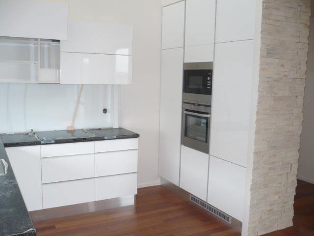 moderni kuchyne kuchynske linka Suhajek (195)