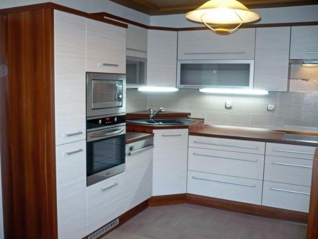 moderni kuchyne kuchynske linka Suhajek (209)