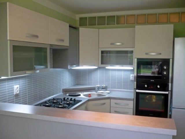 moderni kuchyne kuchynske linka Suhajek (212)