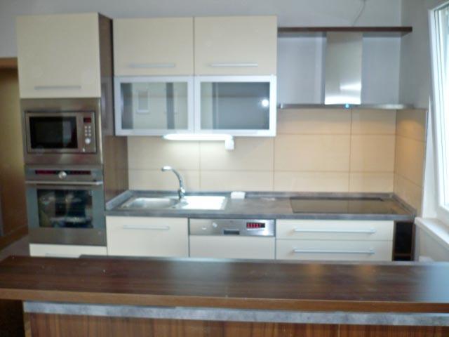 moderni kuchyne kuchynske linka Suhajek (216)