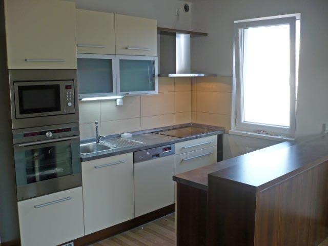 moderni kuchyne kuchynske linka Suhajek (217)