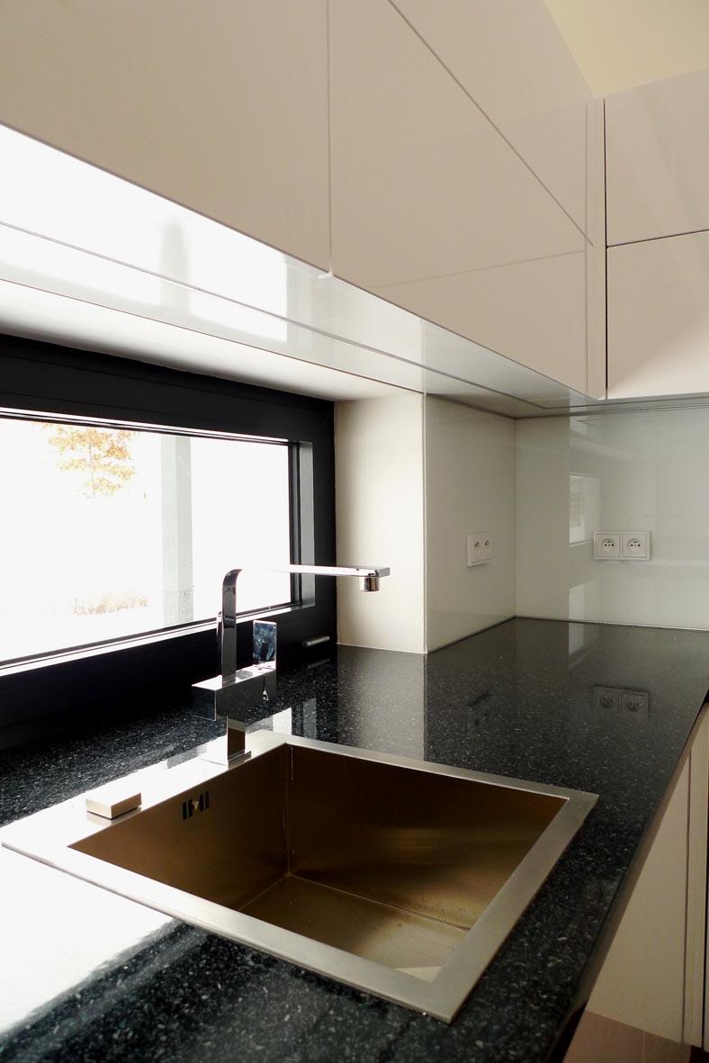 moderni kuchyne kuchynske linka Suhajek (230)