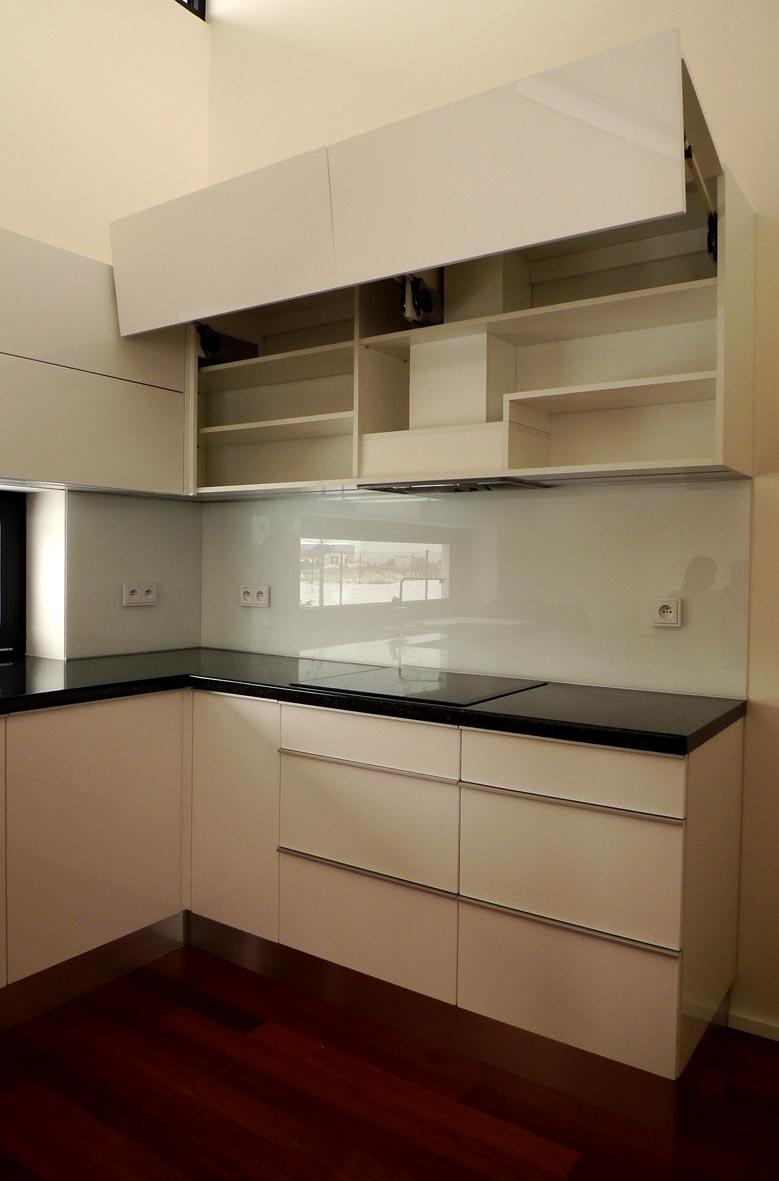 moderni kuchyne kuchynske linka Suhajek (232)