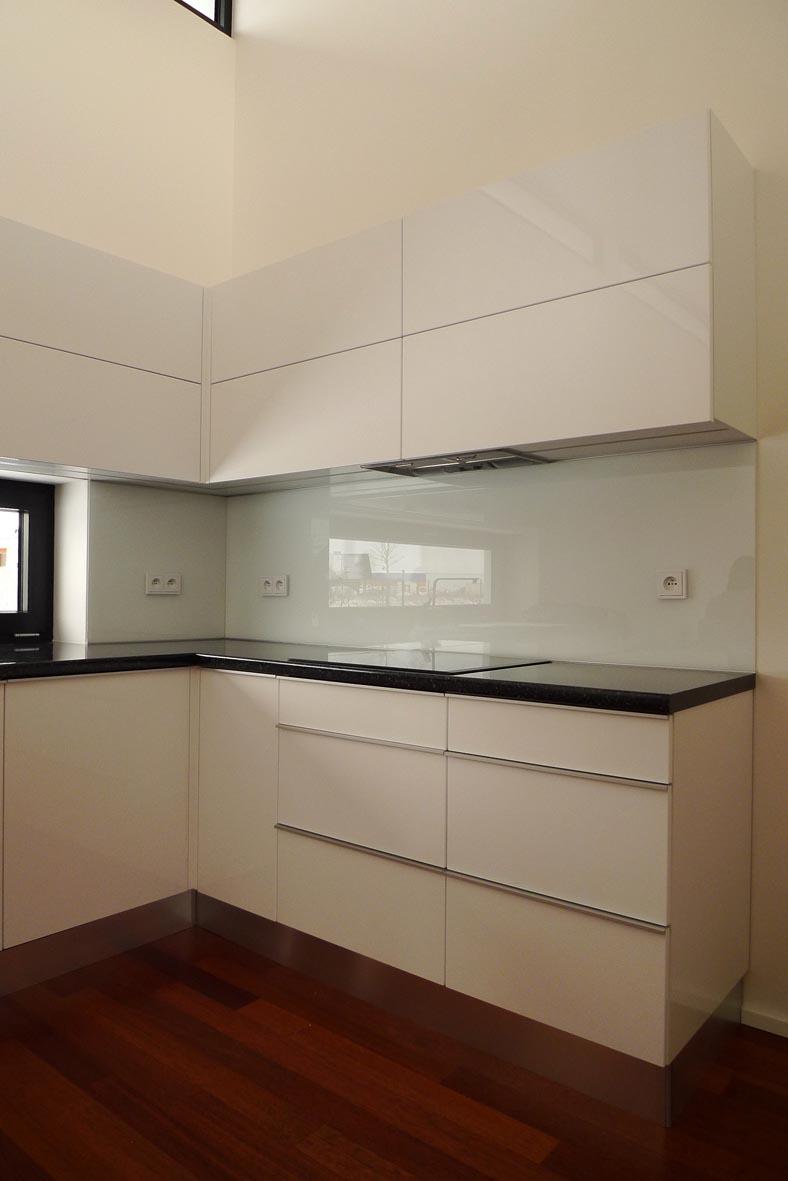 moderni kuchyne kuchynske linka Suhajek (234)