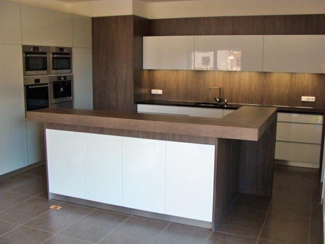 moderni kuchyne kuchynske linka Suhajek (279)