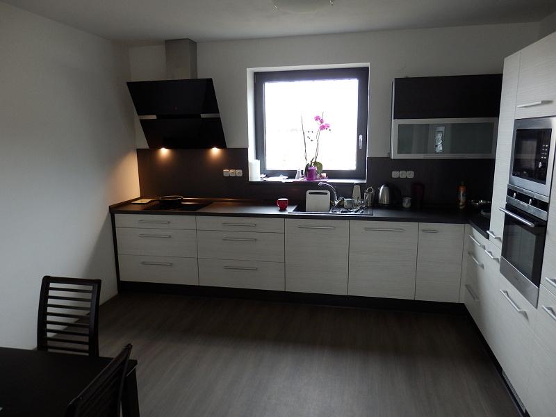 moderni kuchyne kuchynske linka Suhajek (280)