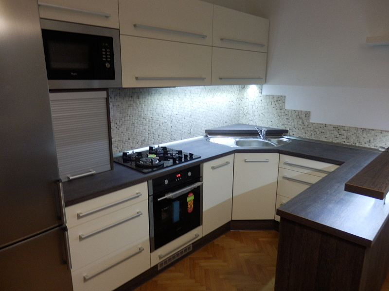 moderni kuchyne kuchynske linka Suhajek (286)