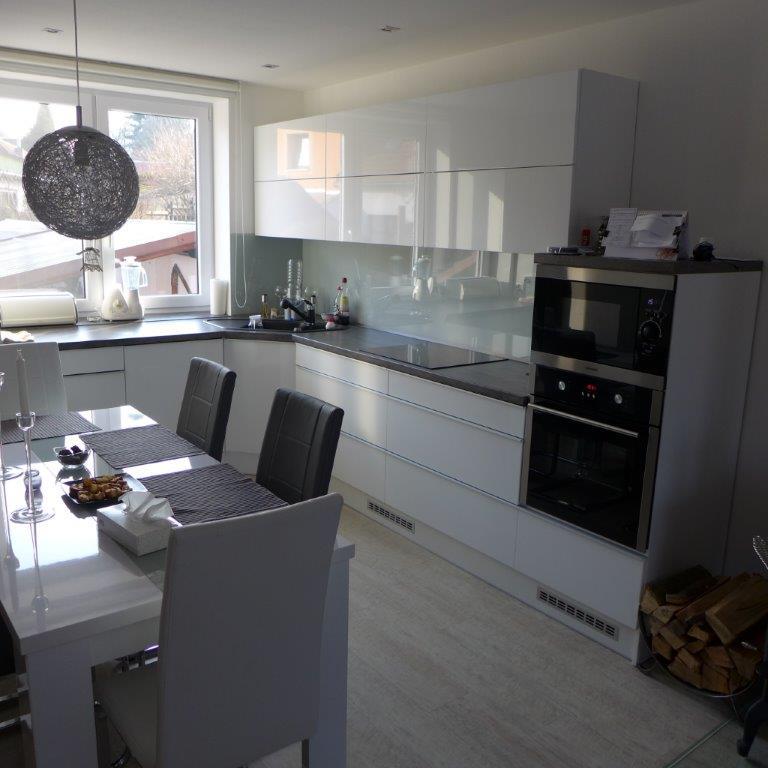 moderni kuchyne kuchynske linka Suhajek (308)