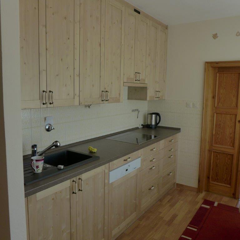 moderni kuchyne kuchynske linka Suhajek (311)