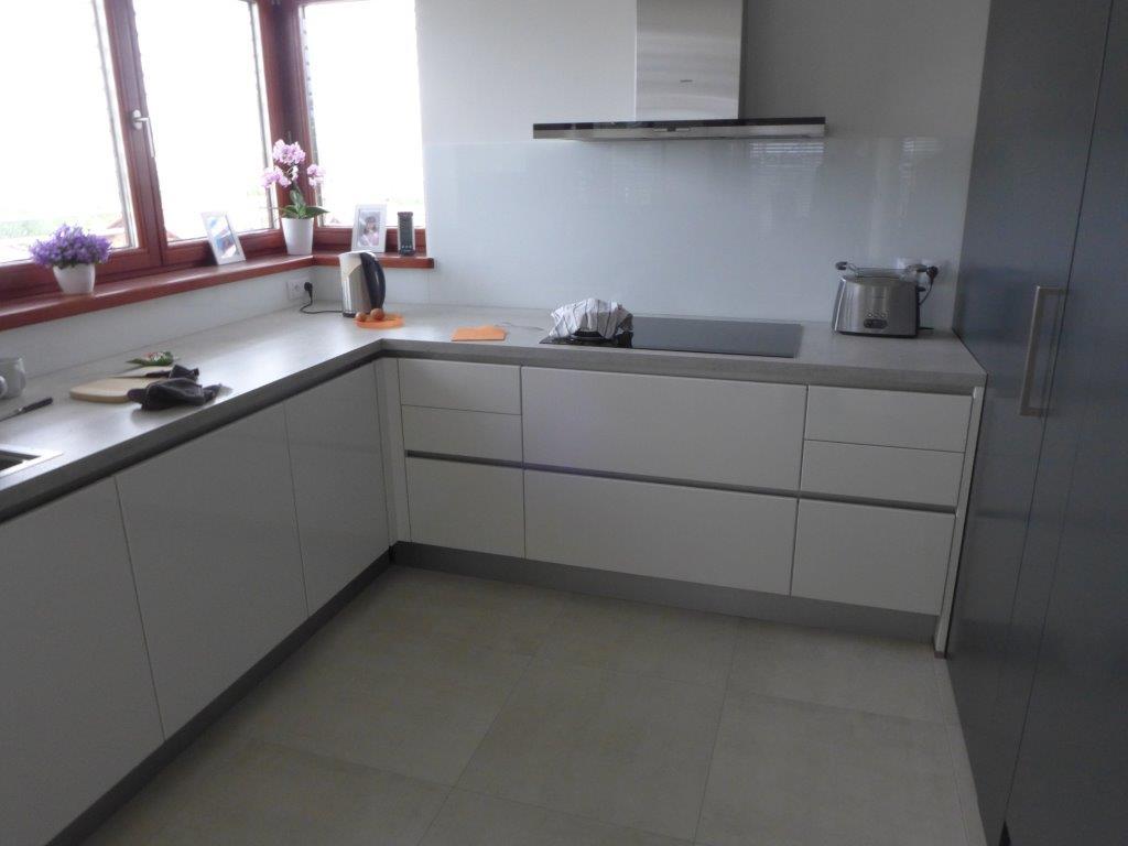 moderni kuchyne kuchynske linka Suhajek (330)