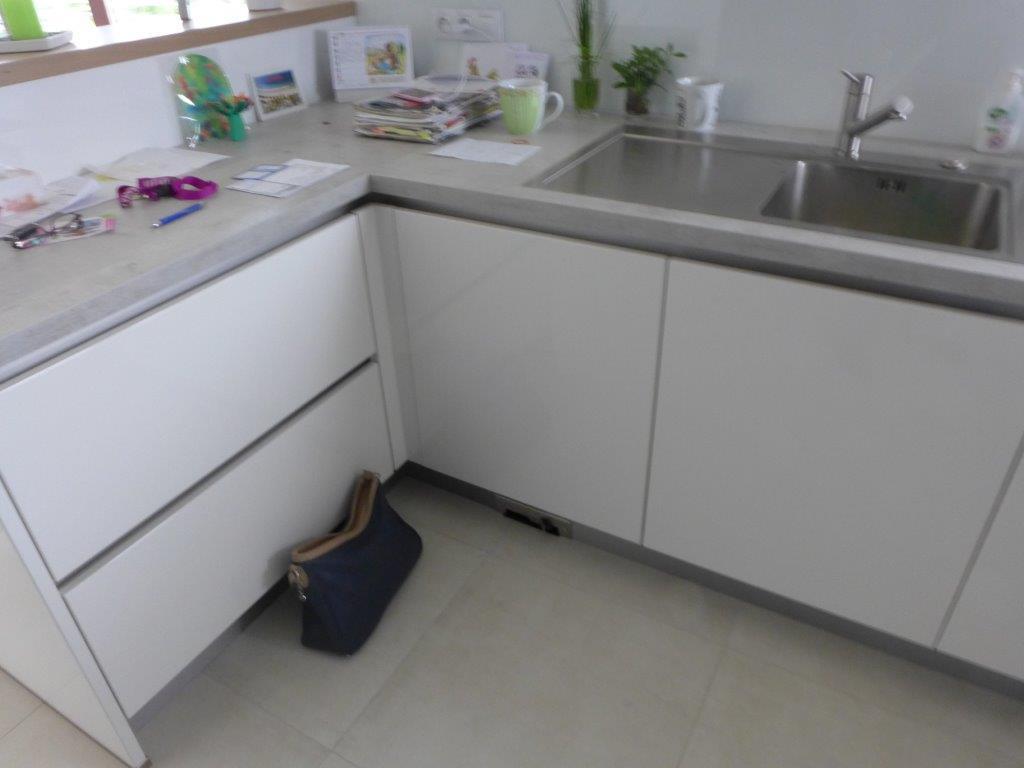 moderni kuchyne kuchynske linka Suhajek (331)