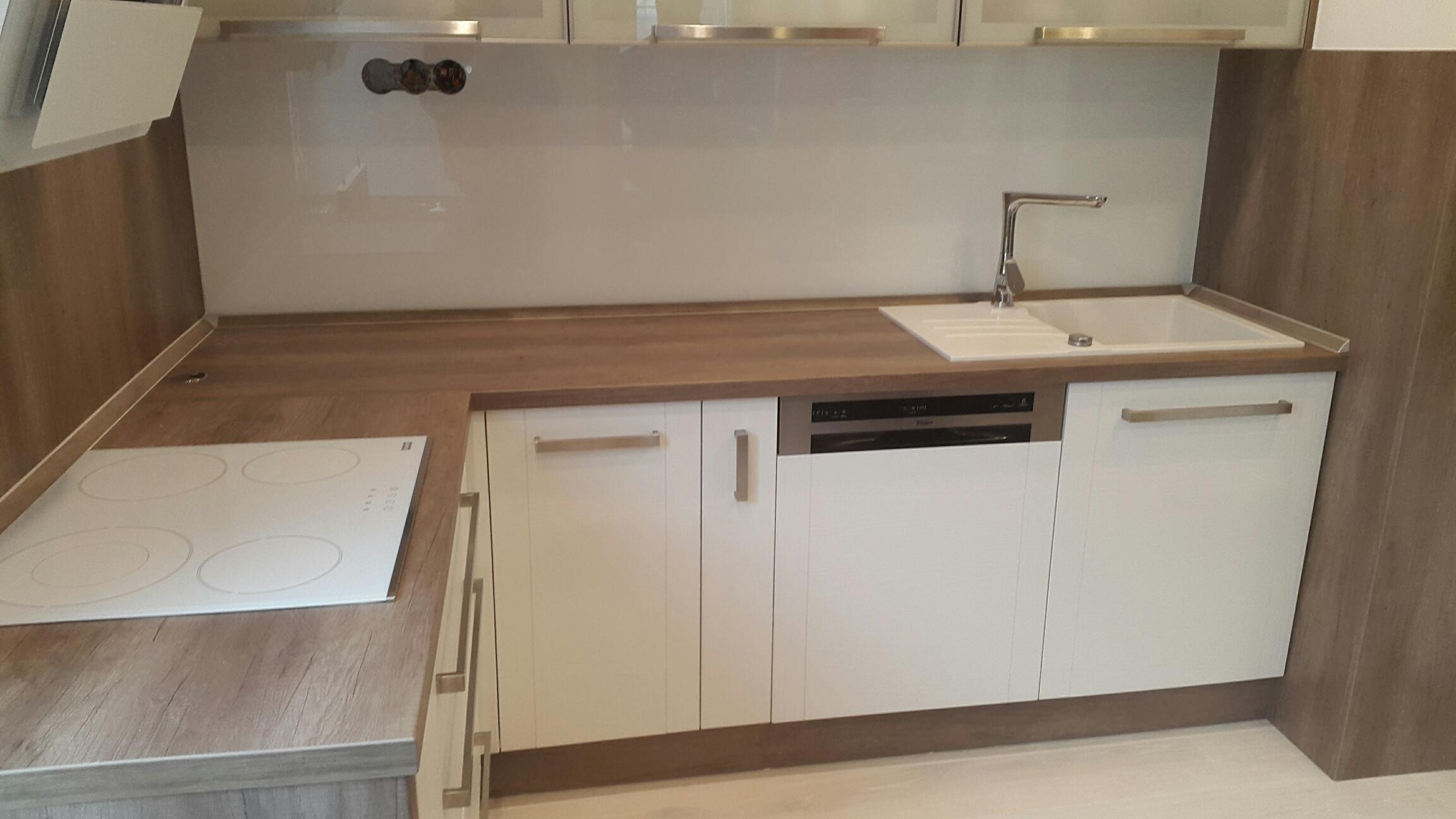 moderni kuchyne kuchynske linka Suhajek (347)