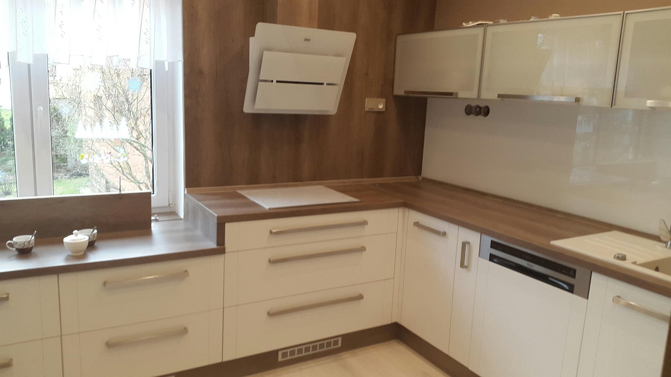 moderni kuchyne kuchynske linka Suhajek (349)