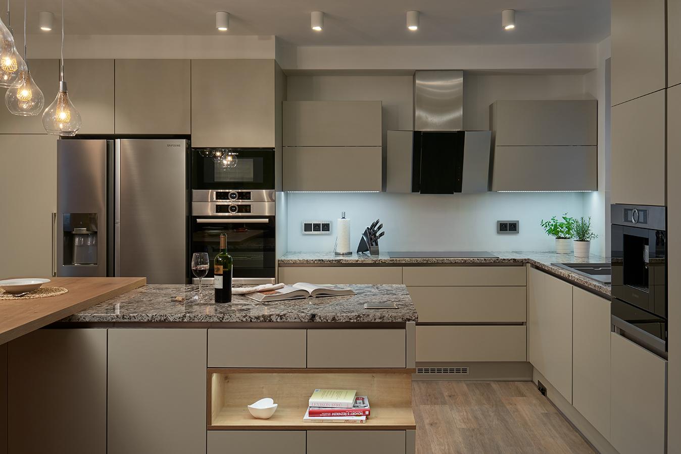 moderni kuchyne kuchynske linka Suhajek (360)