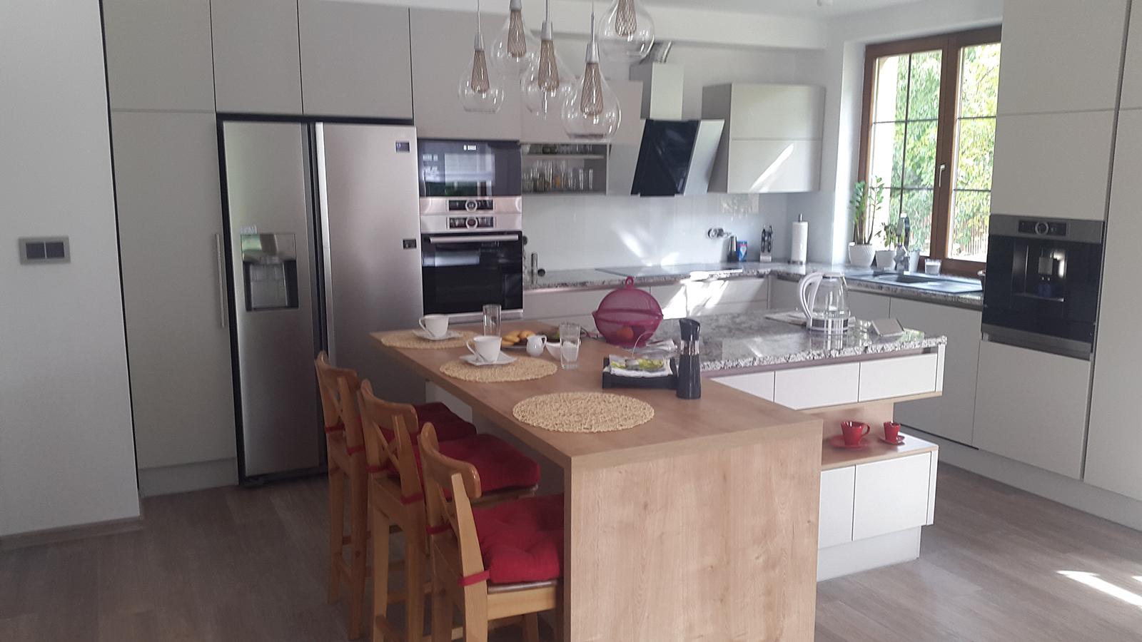 moderni kuchyne kuchynske linka Suhajek (368)