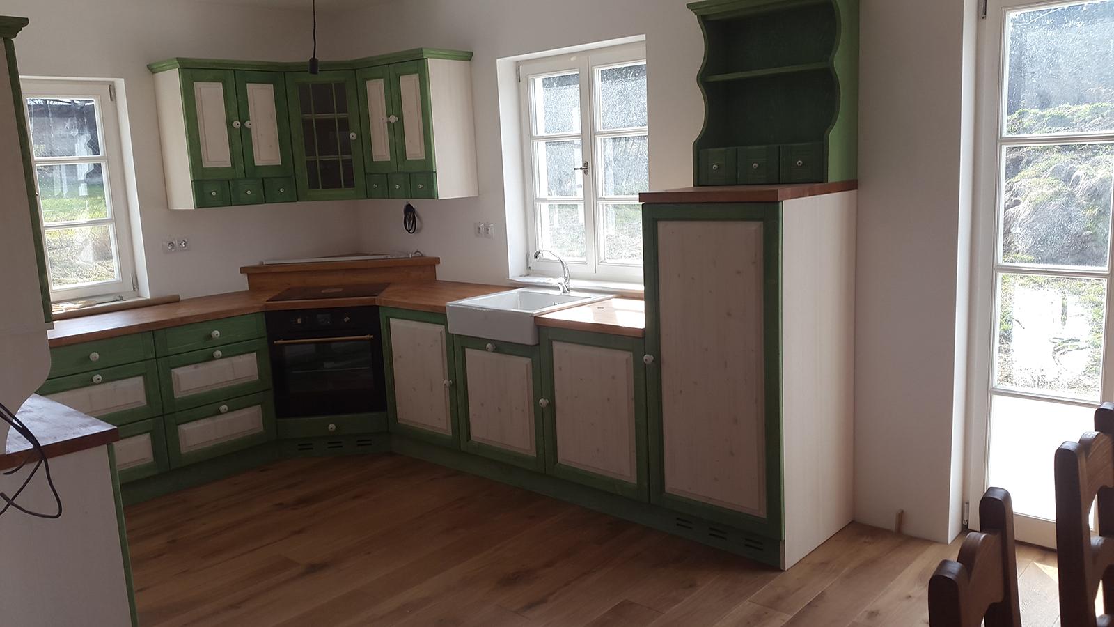 moderni kuchyne kuchynske linka Suhajek (380)