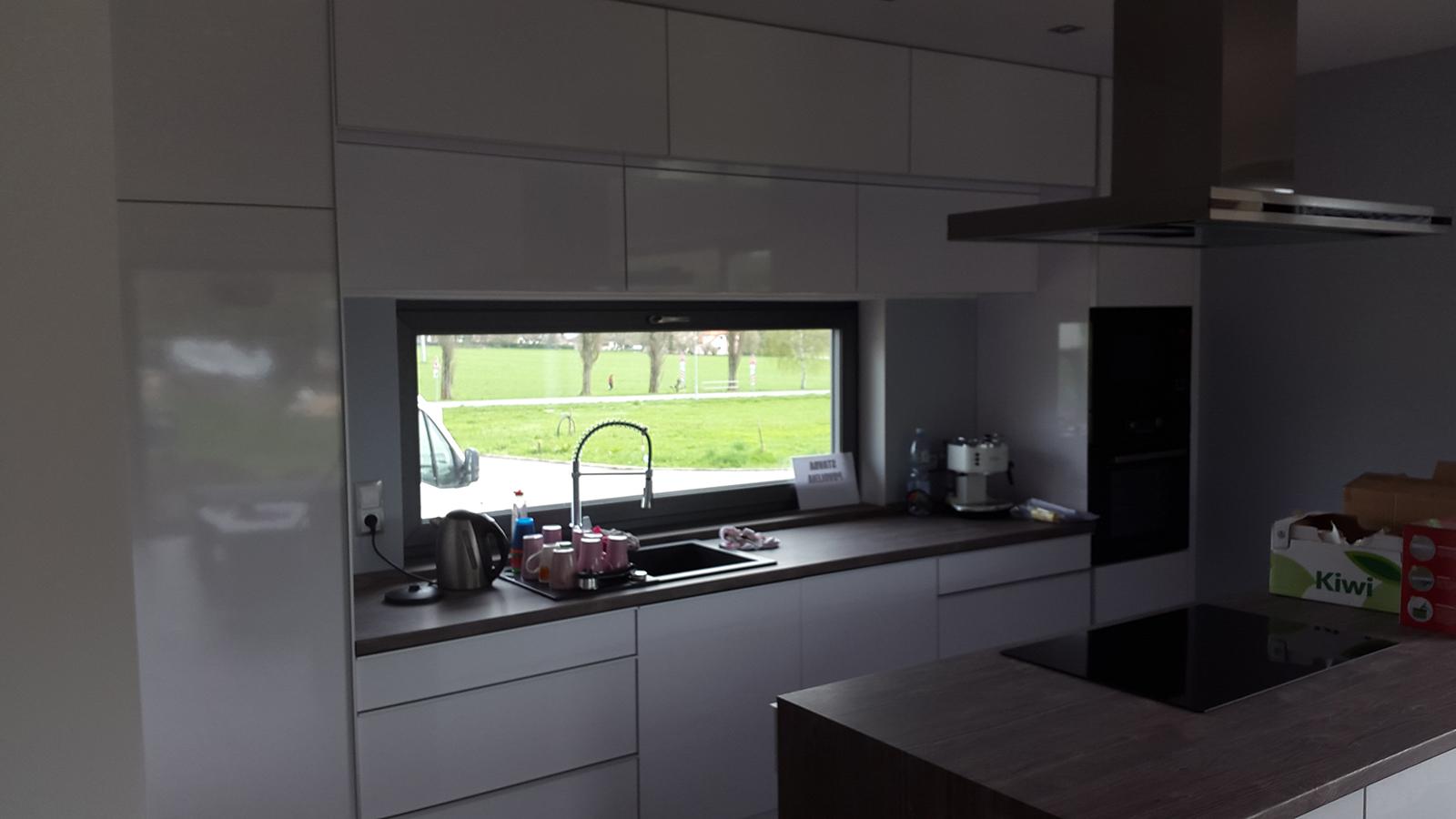 moderni kuchyne kuchynske linka Suhajek (381)