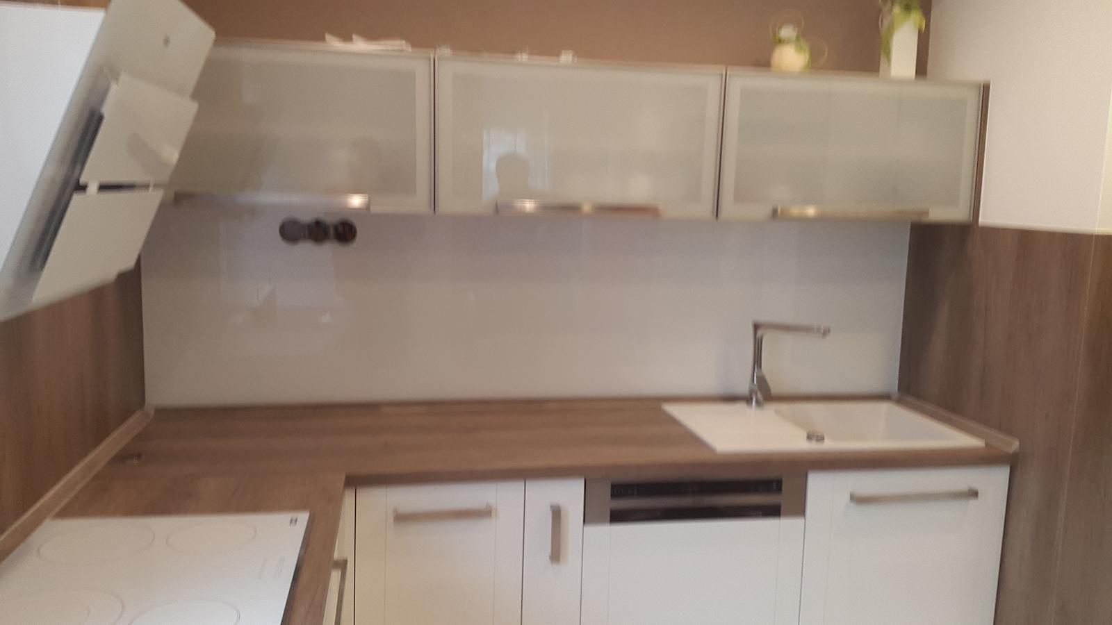 moderni kuchyne kuchynske linka Suhajek (385)