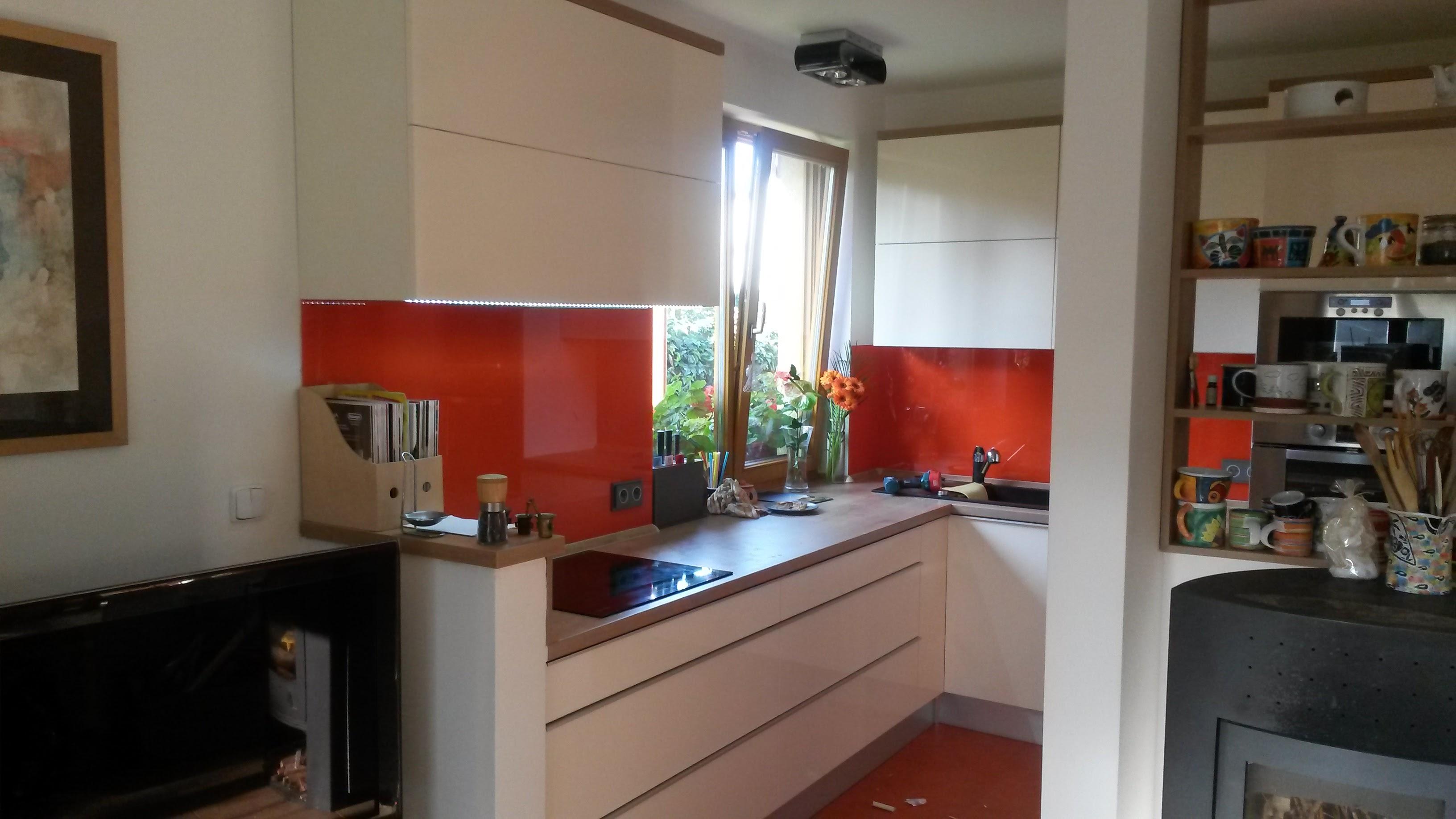 moderni kuchyne kuchynske linka Suhajek (391)