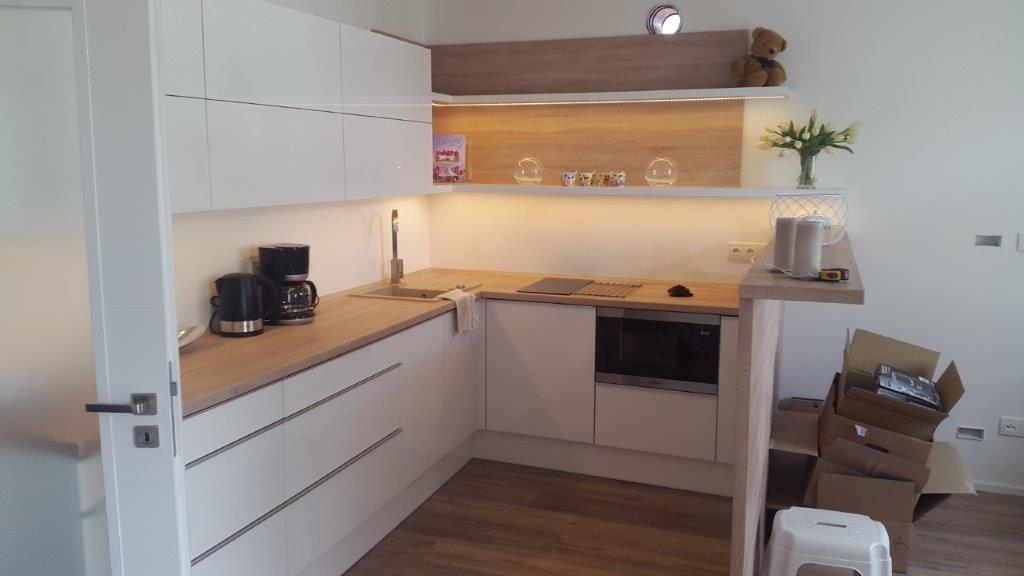 moderni kuchyne kuchynske linka Suhajek (394)