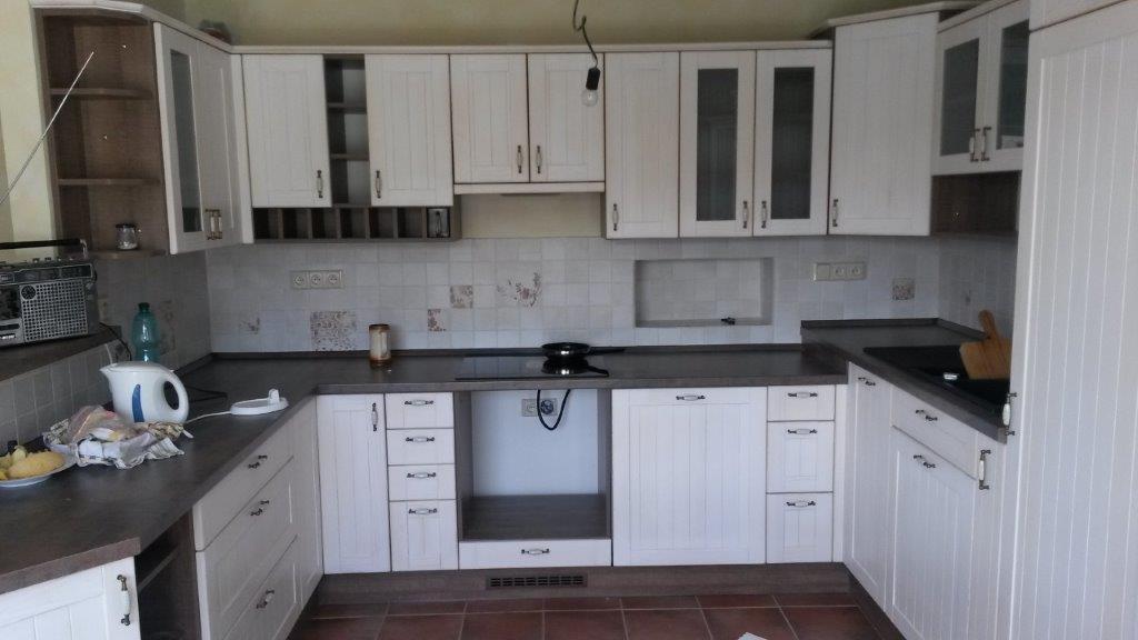 moderni kuchyne kuchynske linka Suhajek (397)