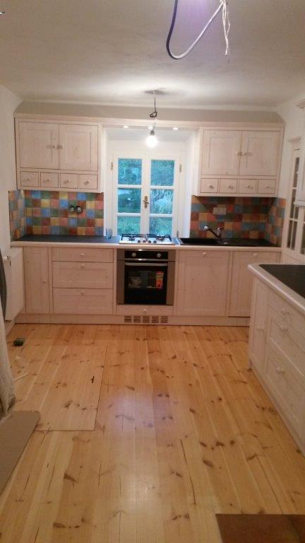 moderni kuchyne kuchynske linka Suhajek (401)