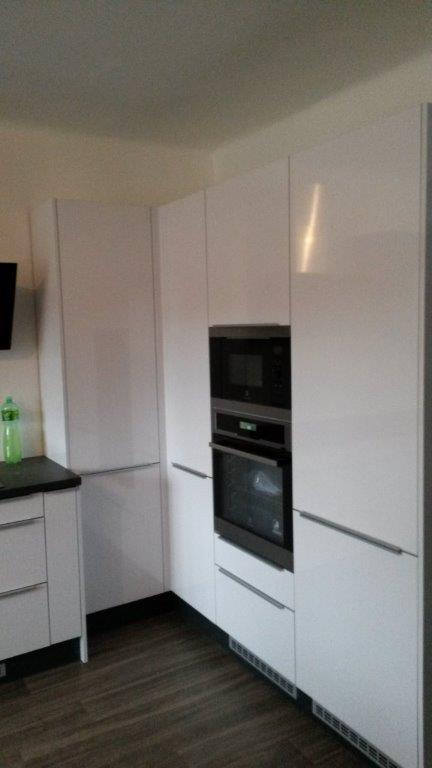 moderni kuchyne kuchynske linka Suhajek (402)