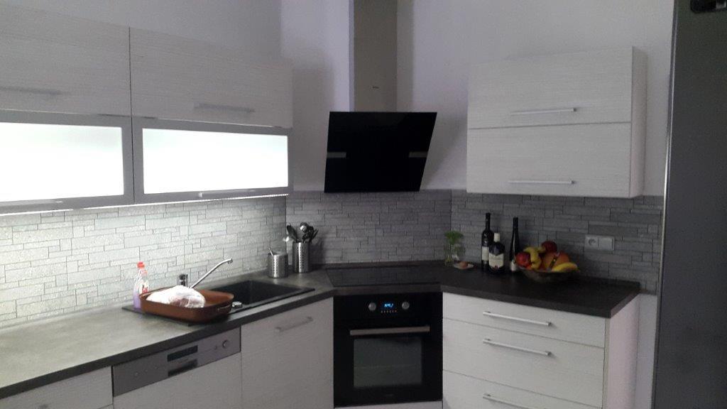 moderni kuchyne kuchynske linka Suhajek (407)