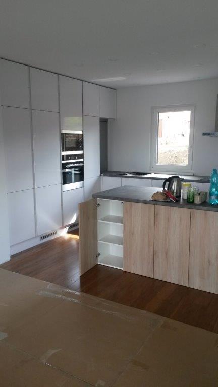moderni kuchyne kuchynske linka Suhajek (408)