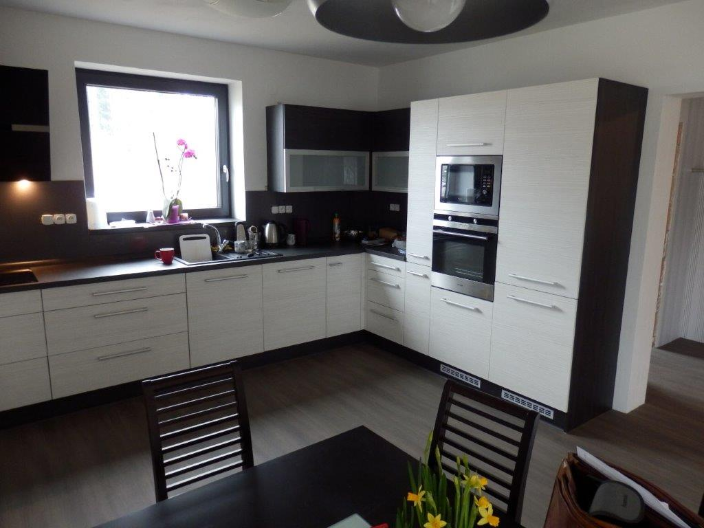 moderni kuchyne kuchynske linka Suhajek (409)