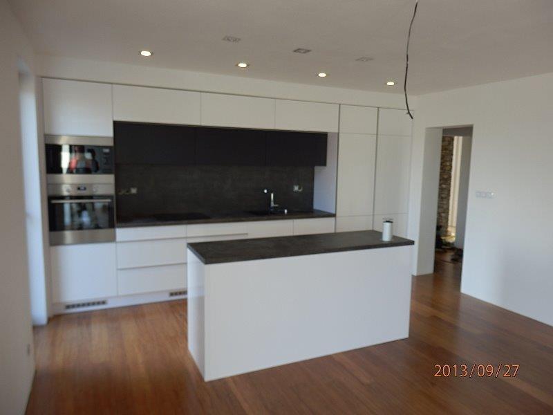 moderni kuchyne kuchynske linka Suhajek (410)