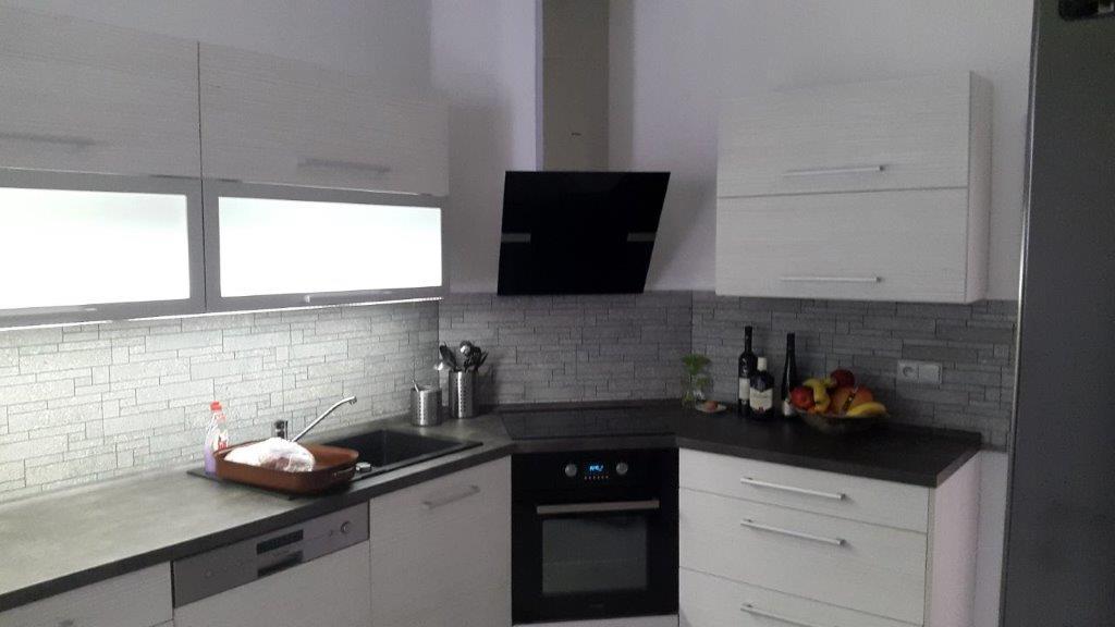 moderni kuchyne kuchynske linka Suhajek (416)