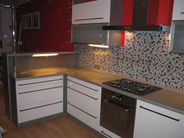 moderni kuchyne kuchynske linka Suhajek (419)