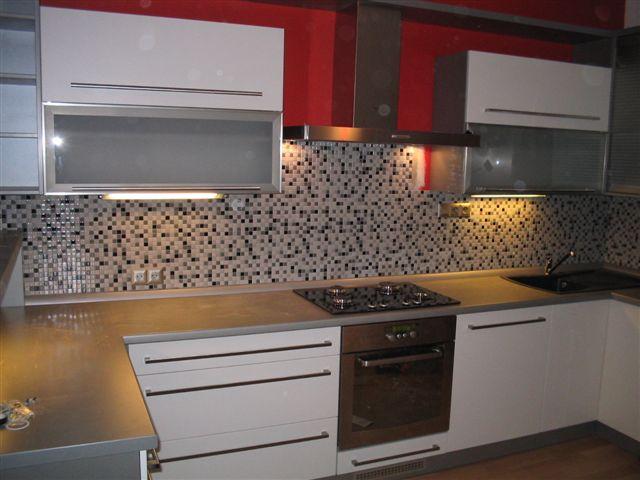moderni kuchyne kuchynske linka Suhajek (420)