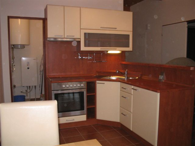 moderni kuchyne kuchynske linka Suhajek (421)