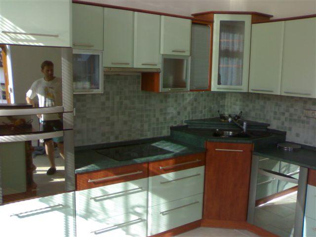 moderni kuchyne kuchynske linka Suhajek (427)