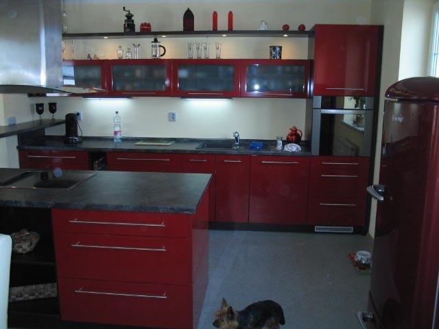 moderni kuchyne kuchynske linka Suhajek (431)