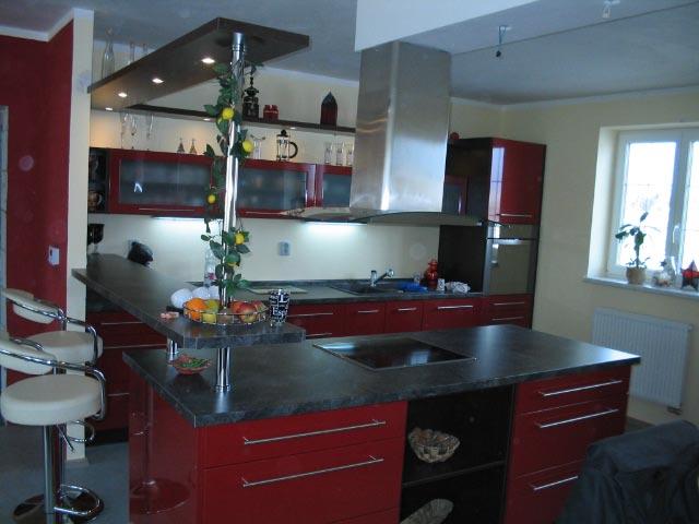moderni kuchyne kuchynske linka Suhajek (433)