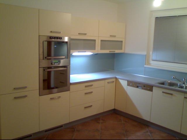 moderni kuchyne kuchynske linka Suhajek (434)