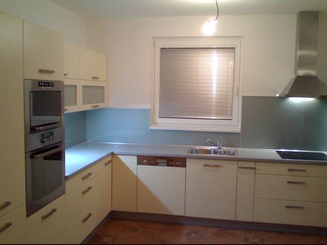 moderni kuchyne kuchynske linka Suhajek (435)